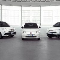 "Fiat offers in-car Apple® experience across Fiat 500 ""120th"" range"